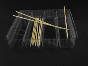 Caserole din plastic pentru frigarui