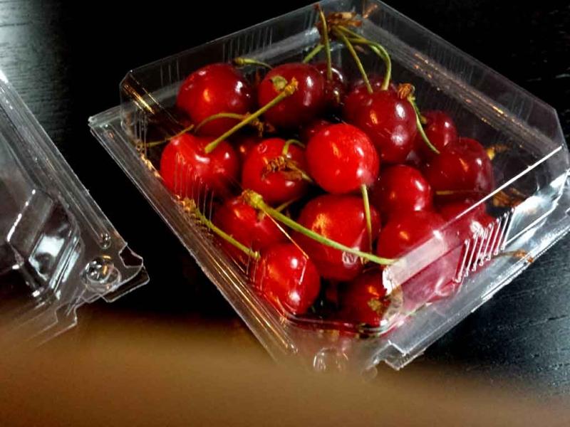 Caserole din plastic cirese  Caserole din plastic cirese caserole cu capac pentru fructe 1122idCatProd10 4