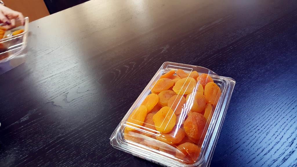 Caserola cu capac din plastic transparent pentru fructe uscate (model 4097) 4 3 1024x576